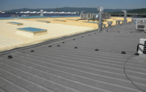 nástřik polyuretanové pěny na střechu