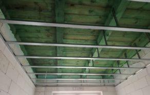 Izolace stropu stříkanou pěnou PUR IZOLACE SOFT - Ústí nad Orlicí, reference