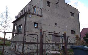 Izolace střechy rodinného domu s krytinou z falcovaného plechu