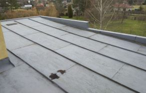 Izolace střechy rodinného domu s krytinou z falcovaného plechu - Rychvald